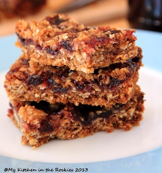 Huckleberry Streusel Bars